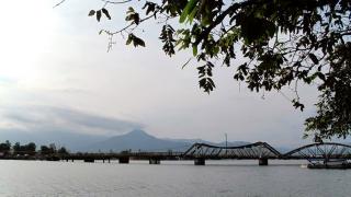 Cambodge - Kampot : le vieux pont