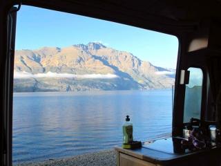 Nouvelle Zélande - Queenstown - route de Glenorchy : vue depuis notre camping-car au réveil