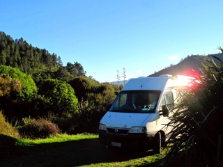 Nouvelle Zélande - Picton : nuit dans un bras de mer