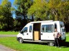 Nouvelle Zélande : grosse Titine, notre camping-car... dont Benjamin n'est pas peu fier !