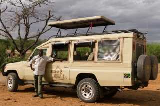 Serengeti : Willie et sa jeep